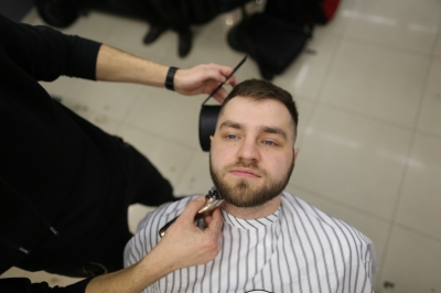Royal Shave with a dangerous razor: Photo 2