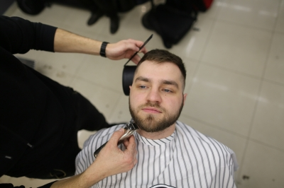 Royal Shave with a dangerous razor: Photo 3