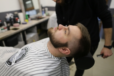 Royal Shave with a dangerous razor: Photo 4